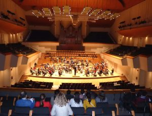 El Palau de la Música obri les seues portes als persones refugiades